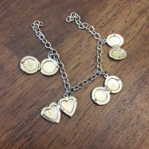 Jewelry - Charm lockets